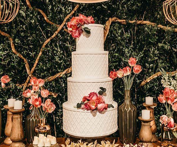 arrowood-golf-wedding-cake-decorations